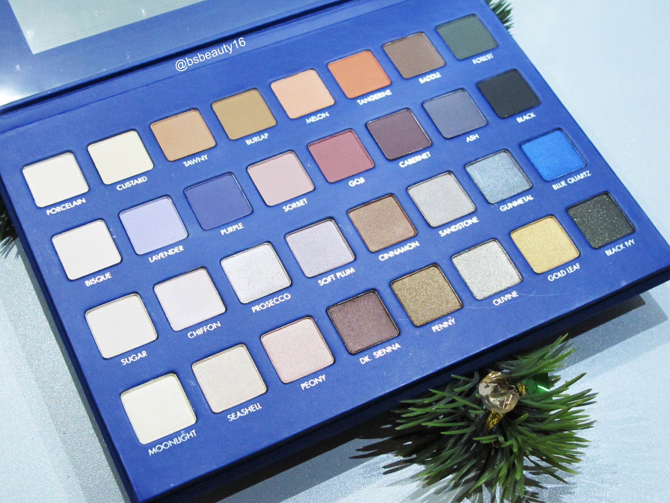 MAKEUP REVIEW: LORAC MEGA PRO 2 [HOLIDAY COLLECTION 2015]